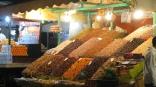 Puesto de frutos secos en Yamaa el Fna