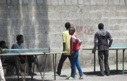 Ping pong callejero en Hawassa