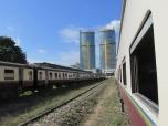 Trenes en Dar es Salaam, Tanzania, herencia de la colonia alemana