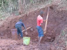 Productores de ladrillos en Turiani, Tanzania