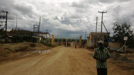 Otra frontera. Atrás quedó Kenia...