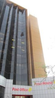 Imponente edificio del correo