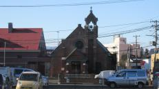 Iglesia cristiana en Hirosaki; en el norte se aprecia más la influencia católica-occidental.