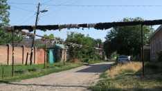 Taganrog. Los caños de gas van por la superficie en muchas ciudades rusas.