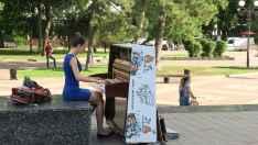 Pianista en el bulevar Pushkinkaya, Rostov del Don