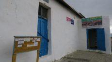 La cartelera del mercado de Bukhmurun, donde los vecinos publicitan sus viajes fuera del pueblo