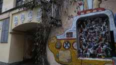 """Escultura del submarino amarillo de Los Beatles, un símbolo de la """"apertura"""" de Rusia tras el periodo soviético."""