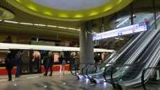 El Metro en Varsovia, Polonia